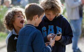 mobile n kids