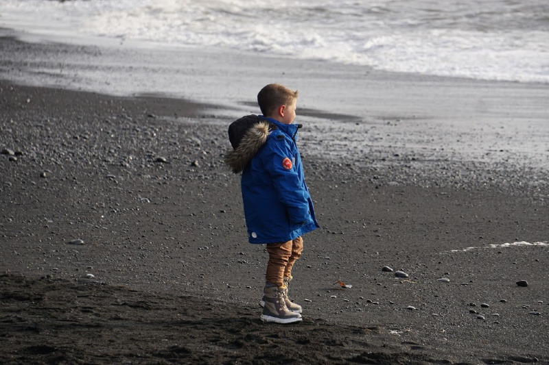 Sebby-Reynisfjara-Black-Sand-Beach