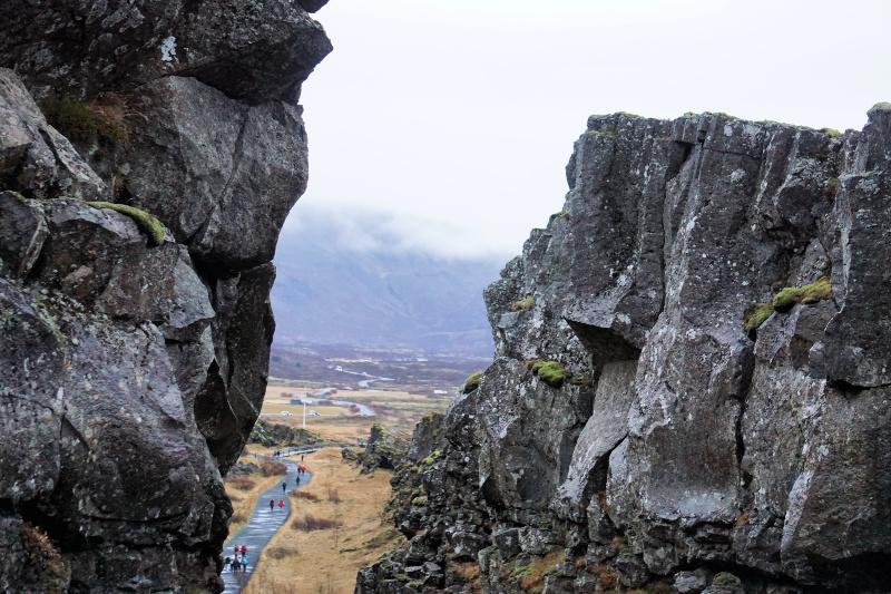 Thingvellir-cliffs